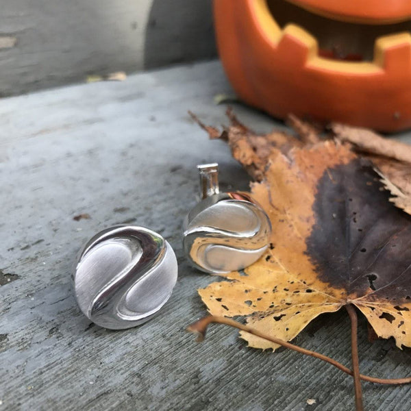 Alice & Chains Jewelry, Custom Cufflinks, bespoke jewelry designer, Dobbs Ferry, Rivertowns, Westchester, jewelry designer, mens accessories, gift for him, cufflinks