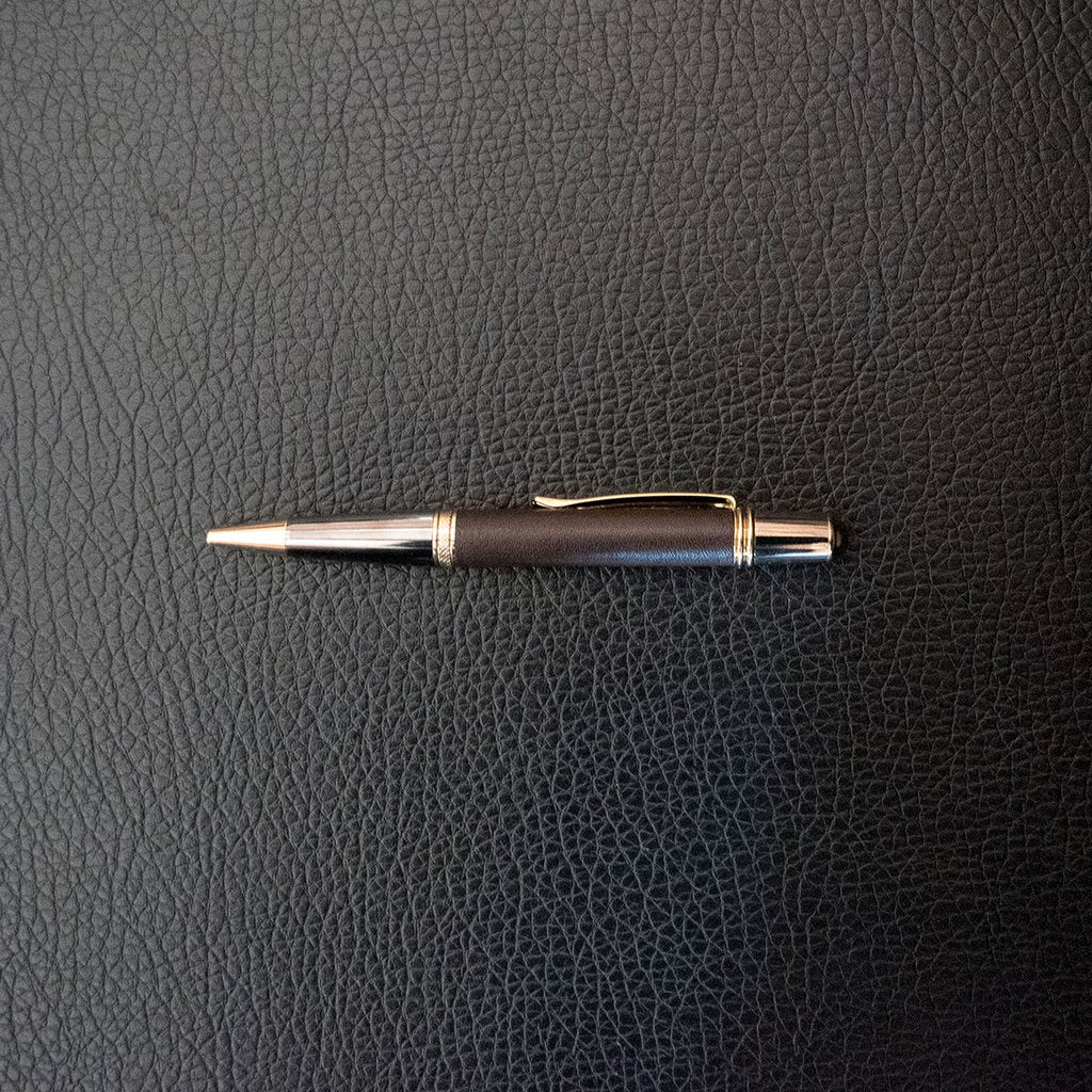Quality pen with kangaroo leather barrel