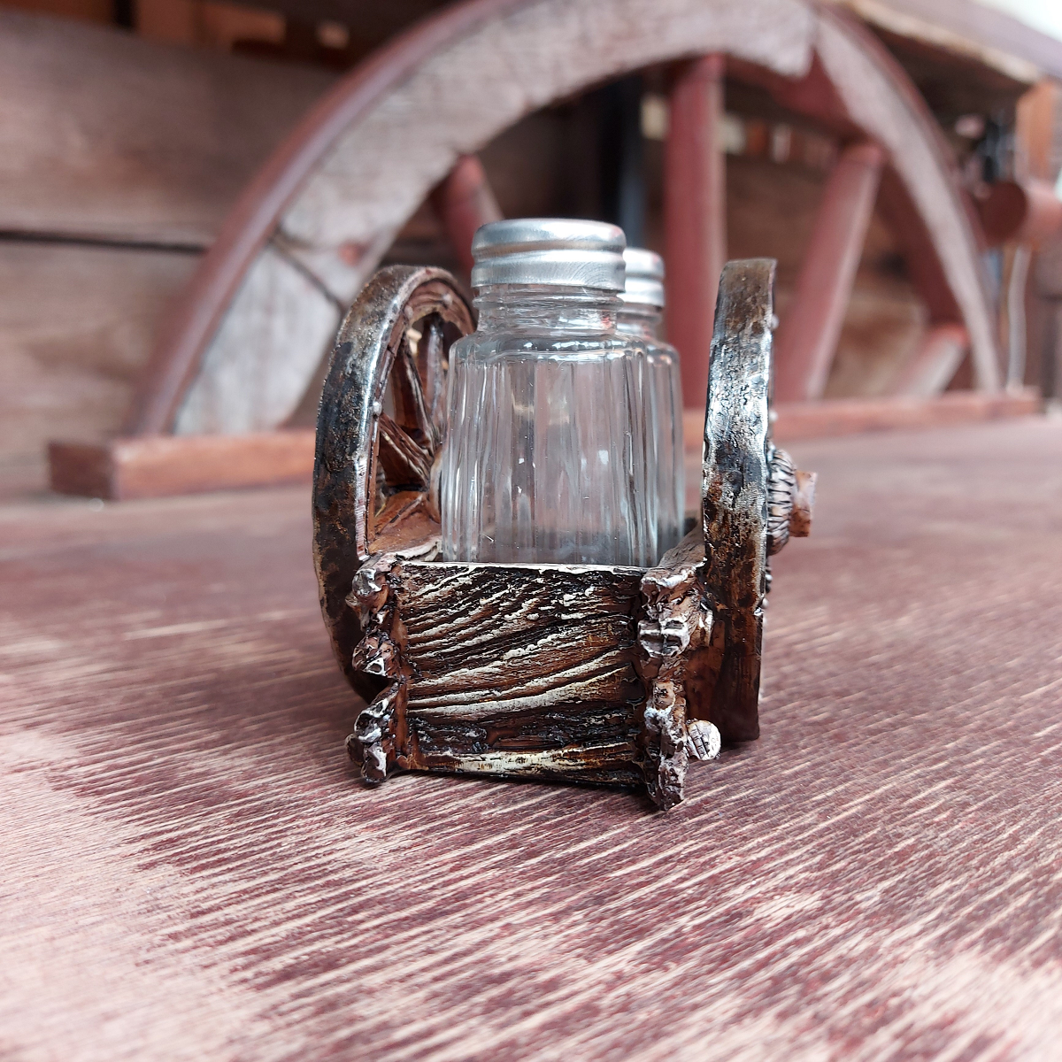 Salt & Pepper Shakers Western Wagon Wheel XXXX