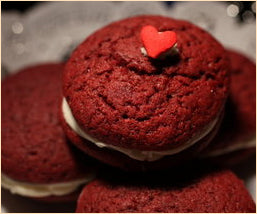 Whoopie pies in 3 flavors for Valentine's Day