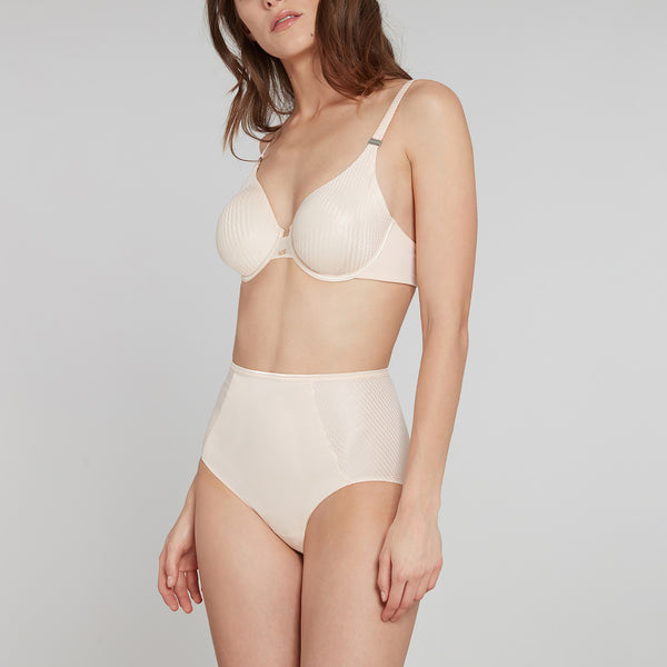 Insoupconnable Molded Demi Bra