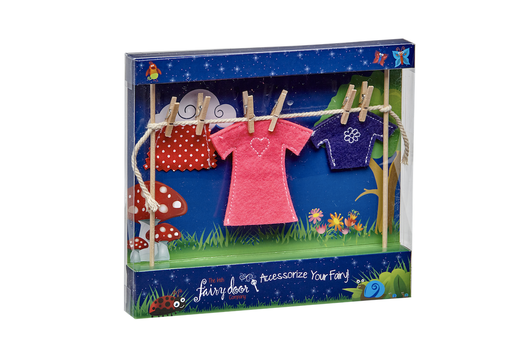 Irish Fairy Clothes Line Incl Female Clothes