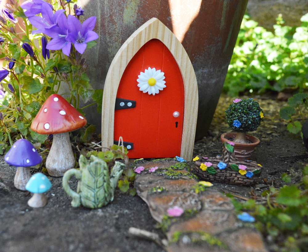 Fairy garden bundle the irish fairy door company for Irish fairy garden