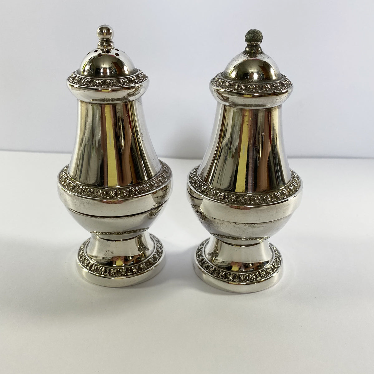 Ianthe Silver Plate Salt and Pepper Cruet Set Shakers