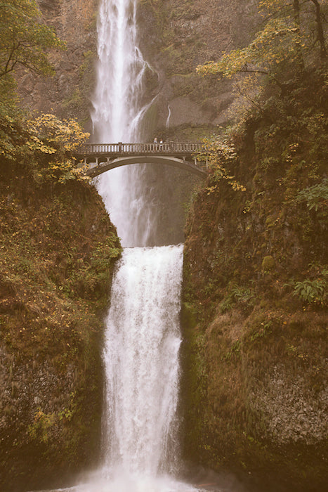 Beautiful picture of Multnomah Falls in the Columbia River Gorge in the Fall of 2012.