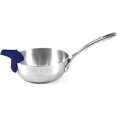 RSVP Slip-On Pour Spout_blue on pan