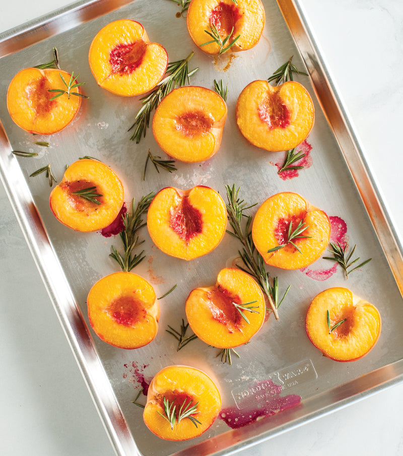 Nordic Ware Naturals Aluminum Commercial Baker's Half Sheet with Lid_peaches