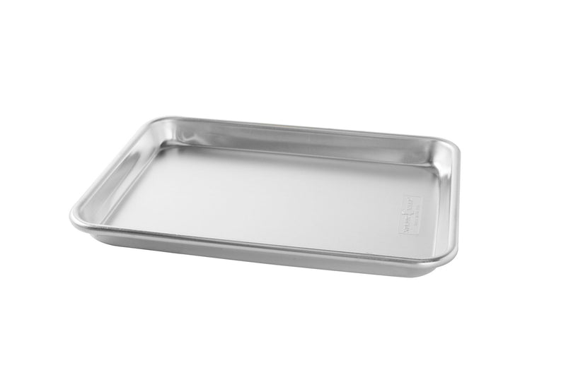 Nordic Ware Naturals Aluminum Commercial Baker's Quarter Sheet with Lid_no lid