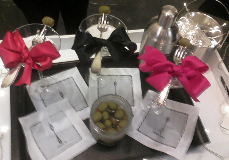 Lil Basket Case Cocktail Scene - with 4 Linen Cocktail Napkins on tray with glasses + olives