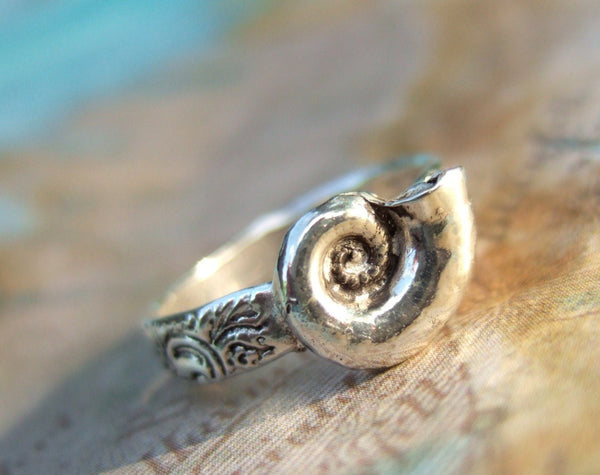 Simple SeaShell Ring - HappyGoLicky Jewelry
