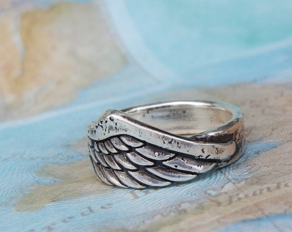 Angel Single Wing Ring