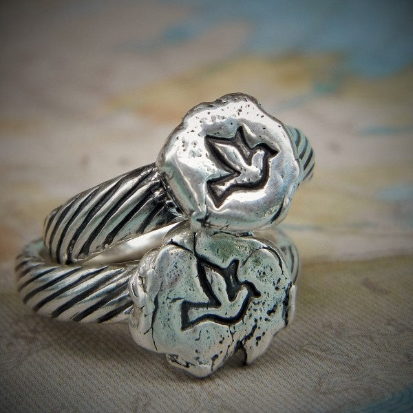 Tiny Dove Ring