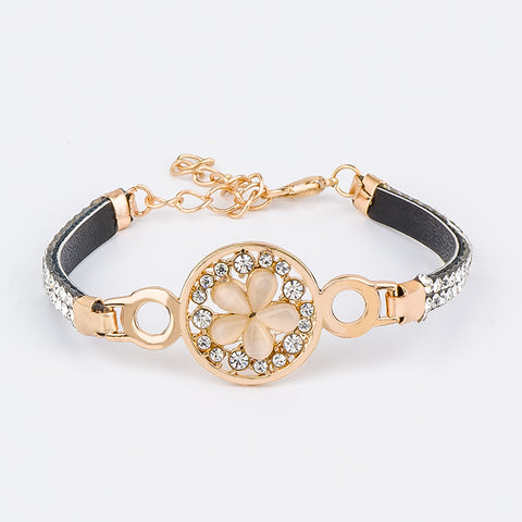 Romantic Flower Charm  Leather Band Austrian Crystal  Bracelet  for Women girl