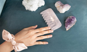 5 Ways to Incorporate the Rose Quartz Comb into Your Self-care Routine