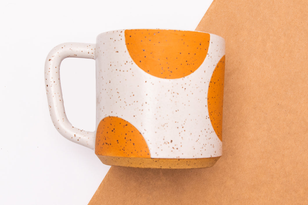 DISCOUNTED Sienna dot mug