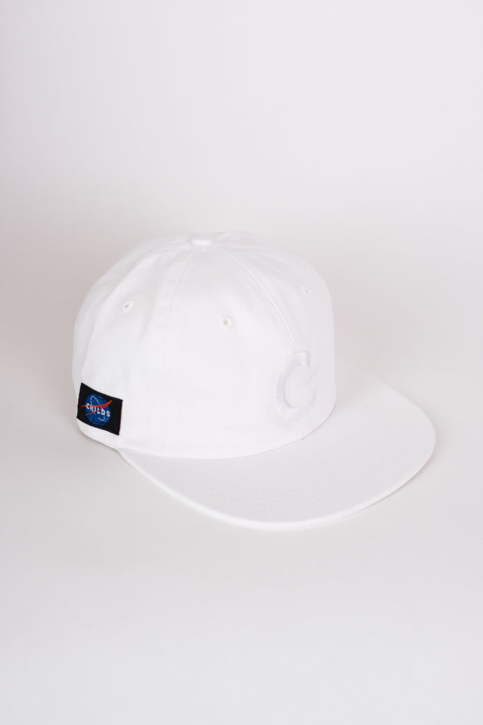 6-panel embroidered hat white