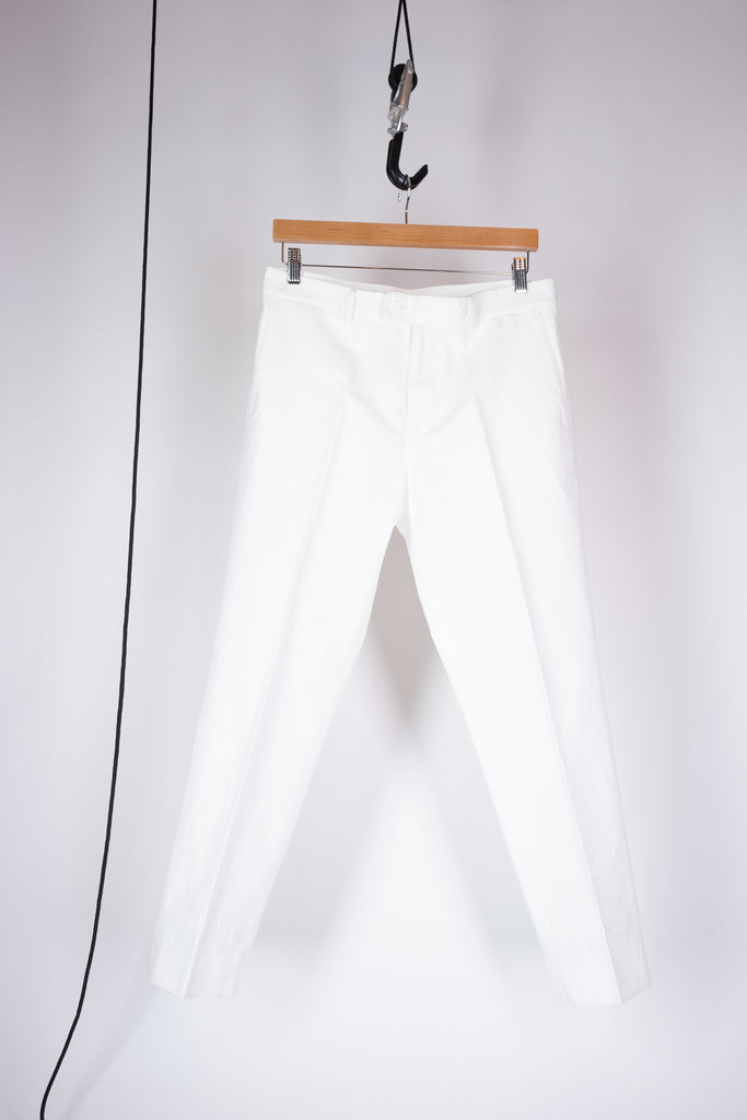 false hem pant white