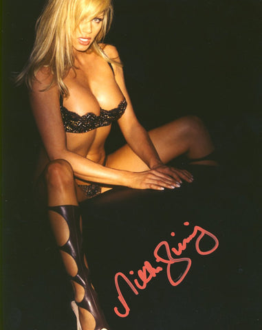 Nikki Ziering - Autographed 8x10 Photo