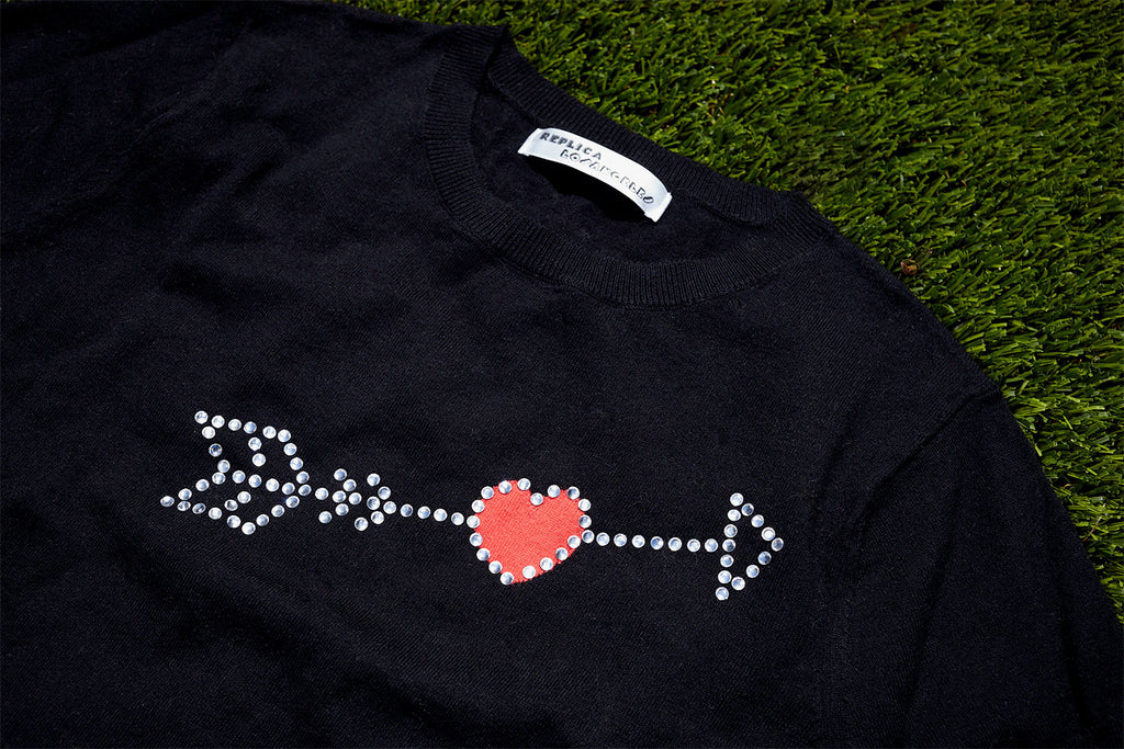 CUPID SHORT SLEEVE INTARSIA AND RHINESTONE SWEATSHIRT