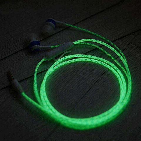 Glow In The Dark EarphonesLine Length: 1.2m Frequency Response Range: 20-20Hz With Microphone: Yes