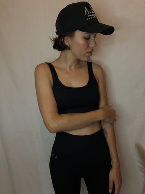Ribbed scoopneck sports crop - Onyx - Preorder
