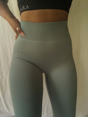 Seamless Ribbed leggings- Malachite green - Preorder
