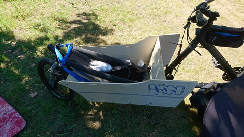 ARGO Cargo Bike with Thule Infant Sling