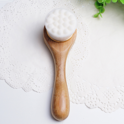 Alana Mitchell Anti-Bacterial Cleansing Facial Brush