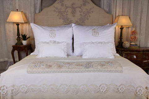 Pandora de Balthazar antique bedding