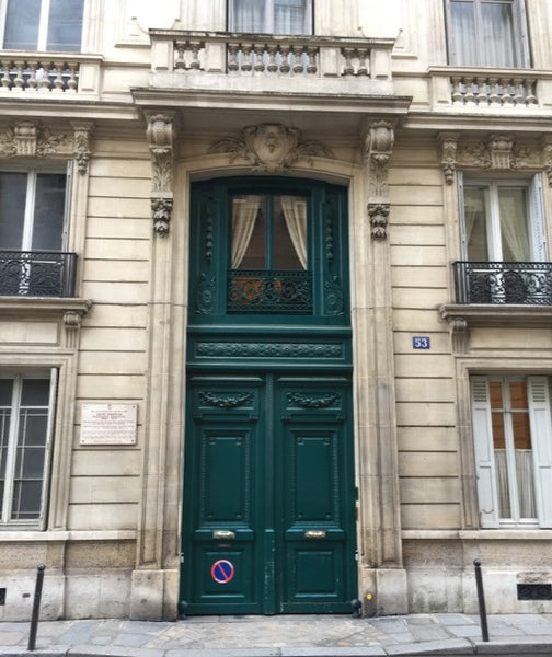 Door to Edith Wharton's apartment building Paris