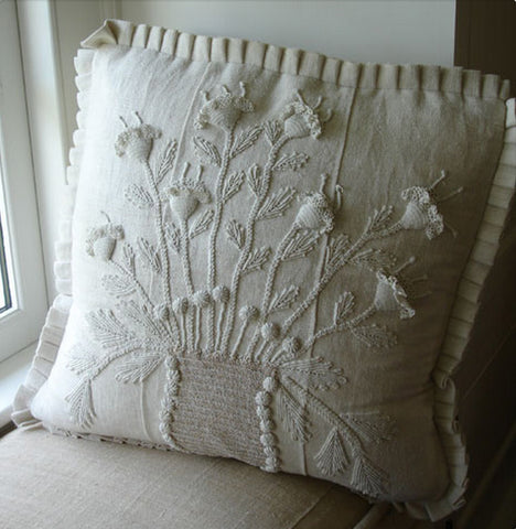 Pandora de Balthazar Custom Designs Pillows