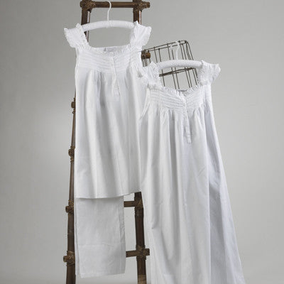 Ladies Eyelet Nightgown