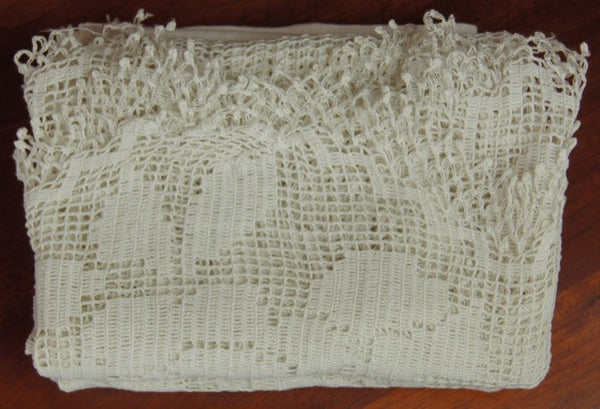 Pandora de Balthazar Filet Lace Window Panels