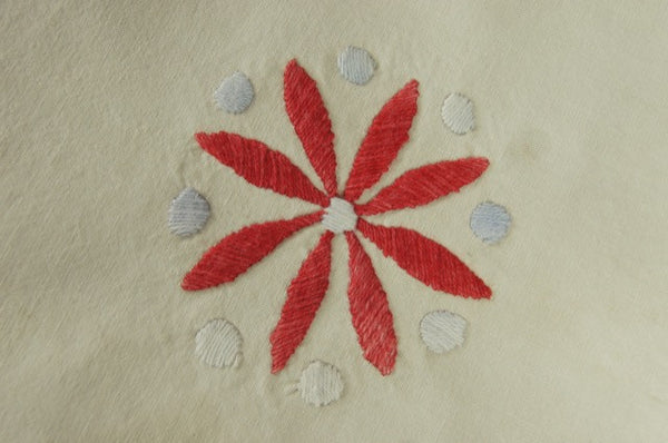Rare Linen Raised Embroidered Table Runner Flower