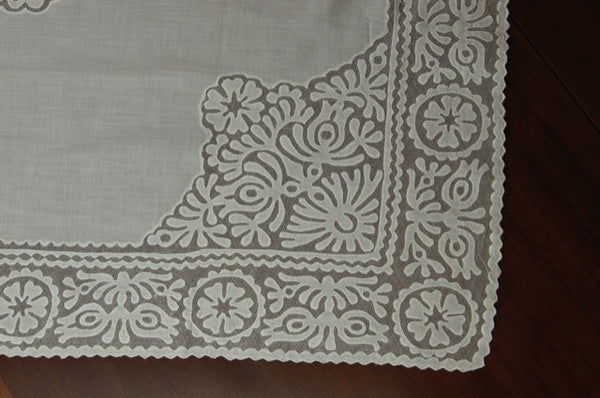 Rare White Buzsak Tablecloth Corner