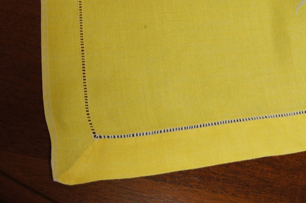 Yellow Damask Tablecloth with Ivory Bow Corner