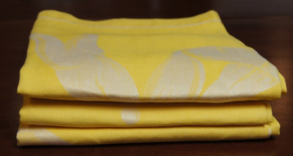 Yellow Damask Tablecloth with Ivory Bow