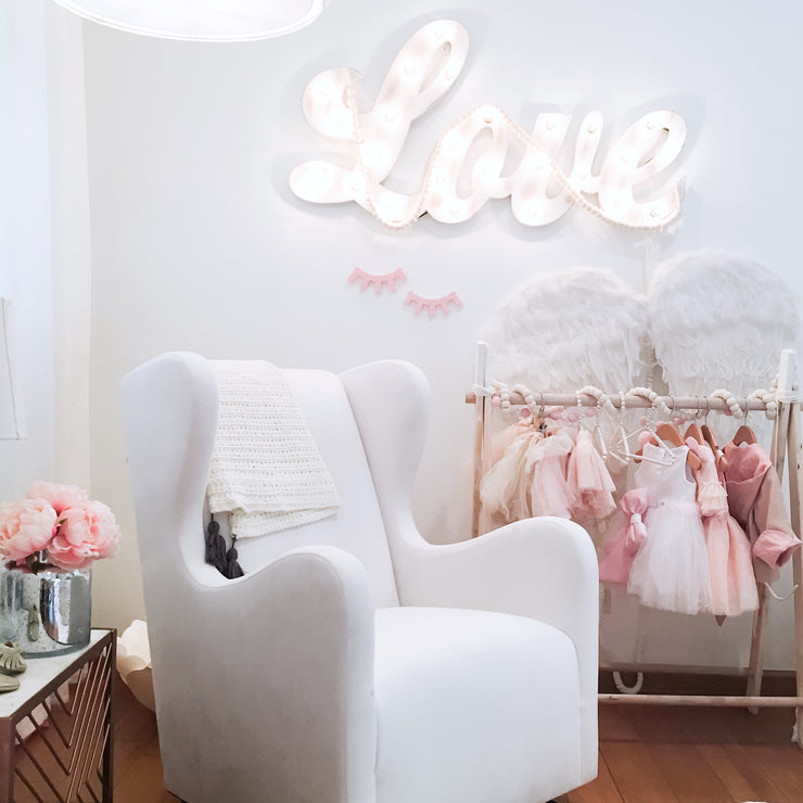 Sleepy eyes wall decor Pink - Liapela.com | Modern Baby Products