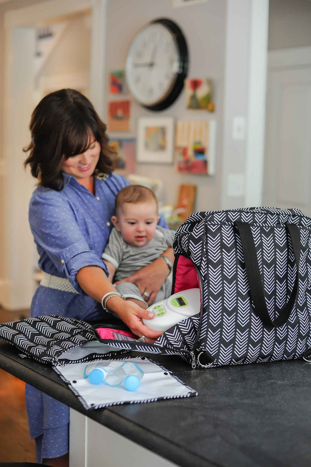 Kelly (Black & White) - Breast Pump Bags and Pumping Accessories from Sarah Wells Bags