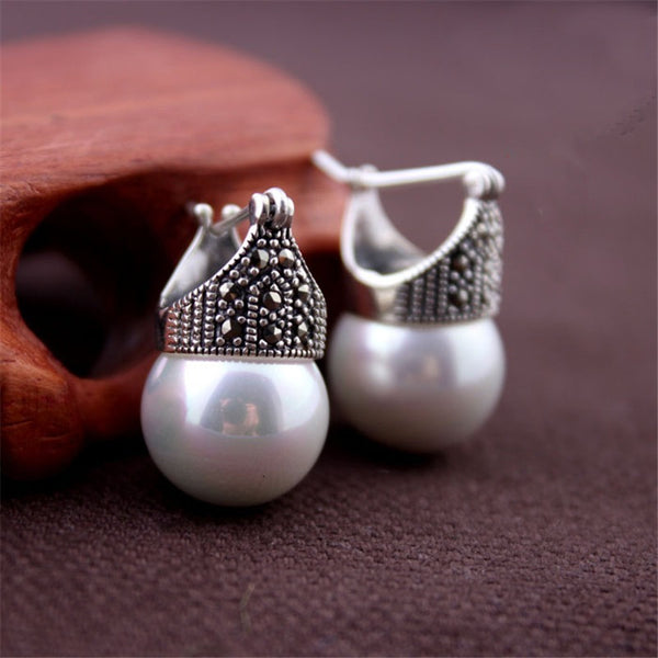 Mother of Pearl Stud Earrings - Theblingmarket