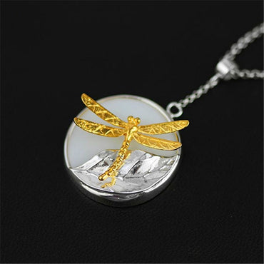 Fly Away Pendant Necklace - Theblingmarket