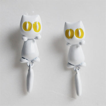 Cat shape earring stud - Theblingmarket