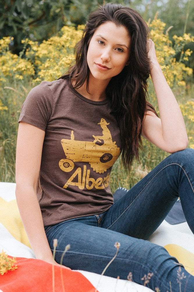 Alberta Tractor T-shirt - Womens - Ole Originals Clothing Co.