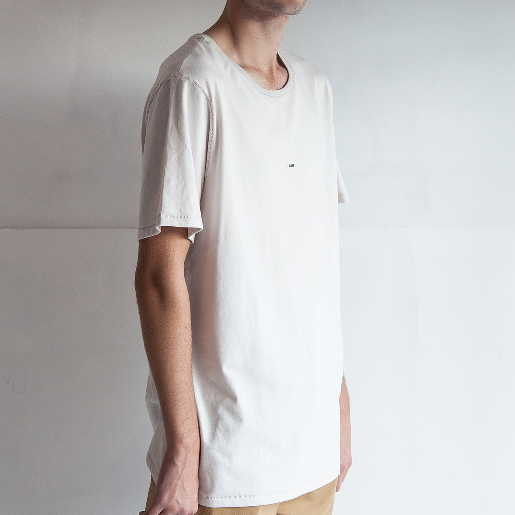 THE REGGIE TEE / OFF WHITE / LITTLE HIH.
