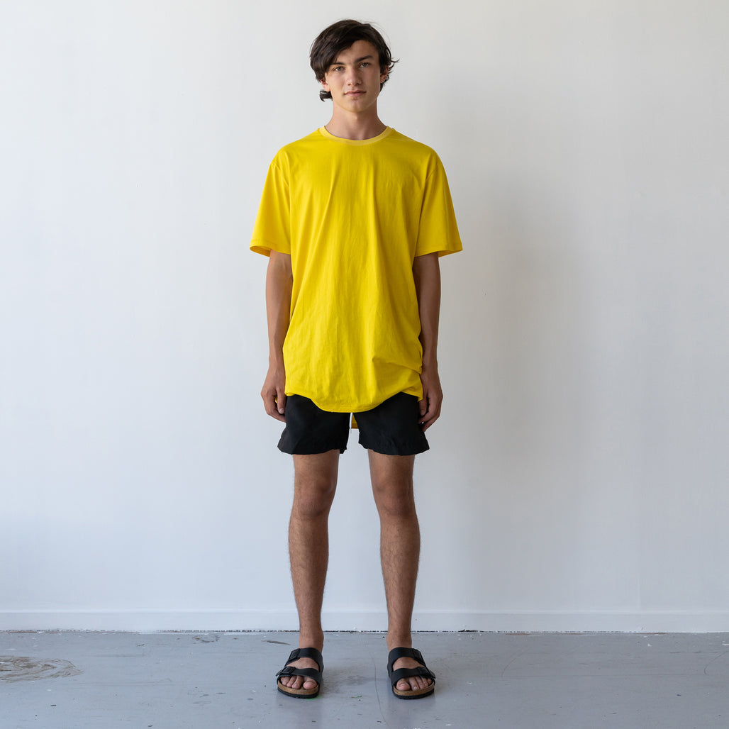 THE LONG REGGIE TEE / YELLO MUSTARD