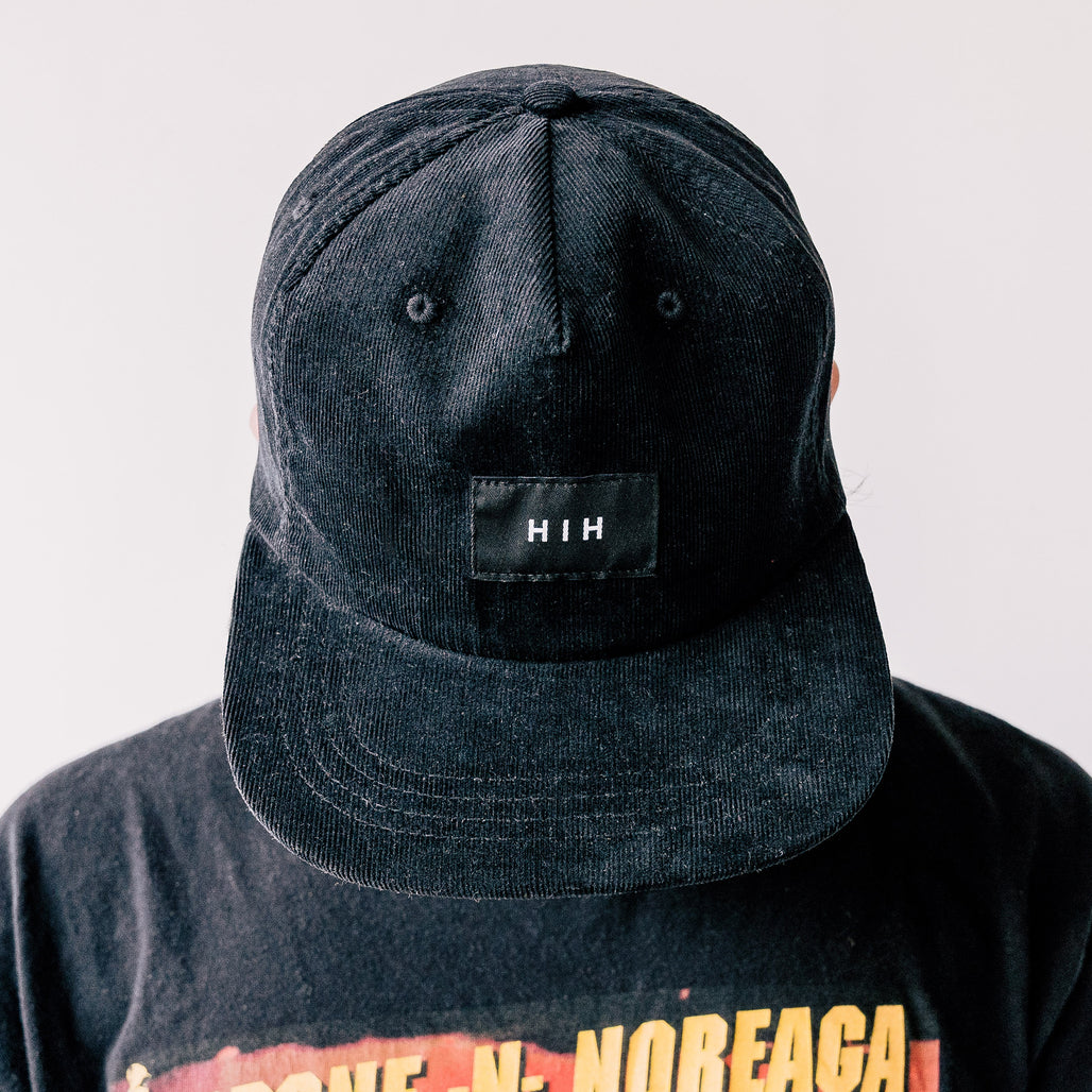 "THE ""HIH"" CORDUROY CAP / BLACK."