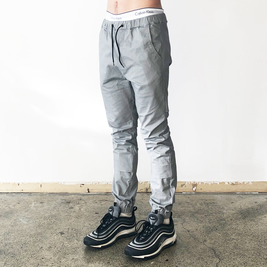 THE VENTILATED JORDAN PANT / GREY.