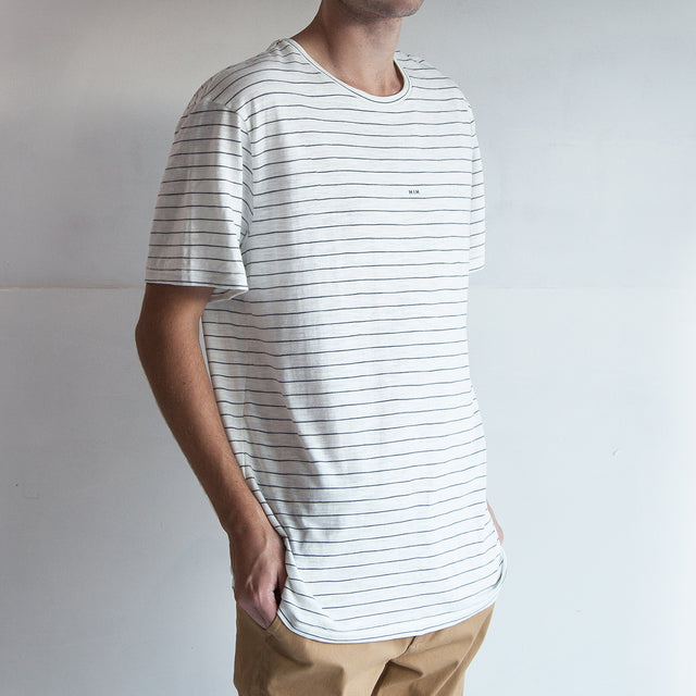 THE STRIPED REGGIE TEE / OCEAN.