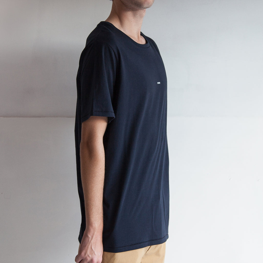 THE REGGIE TEE / NAVY / LITTLE HIH.