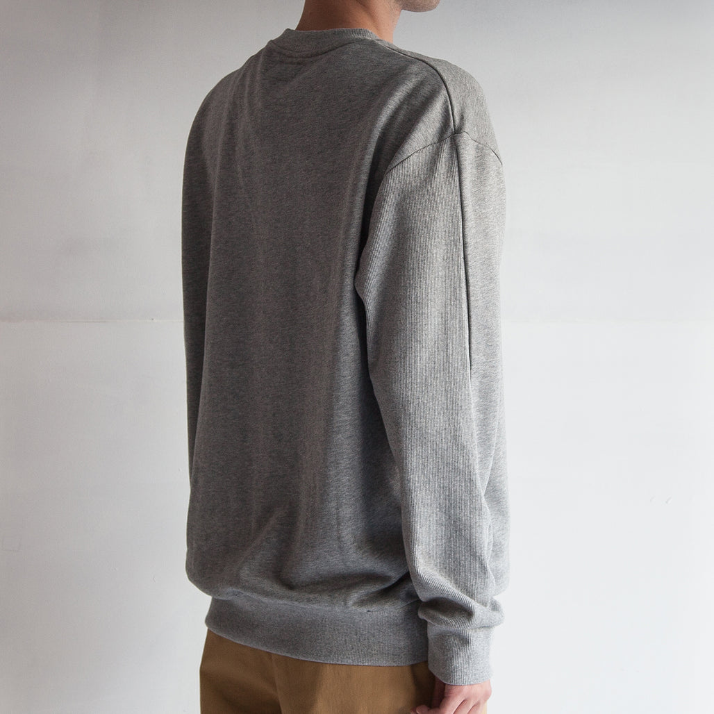 THE '3' SWEAT / GREY / COMPLACENT H I H.